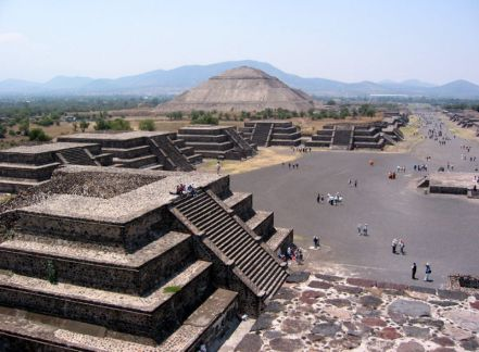The Avenue of the Dead at Teotihuacán, with the pyramids of the Sun and the Moon visible.